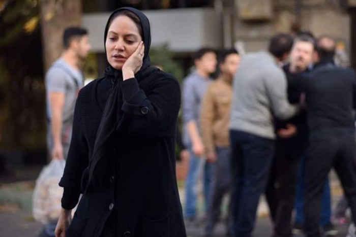 وکیل مهناز افشار از حضور موکلش در دادسرا بعد از بازگشت به ایران خبر داد