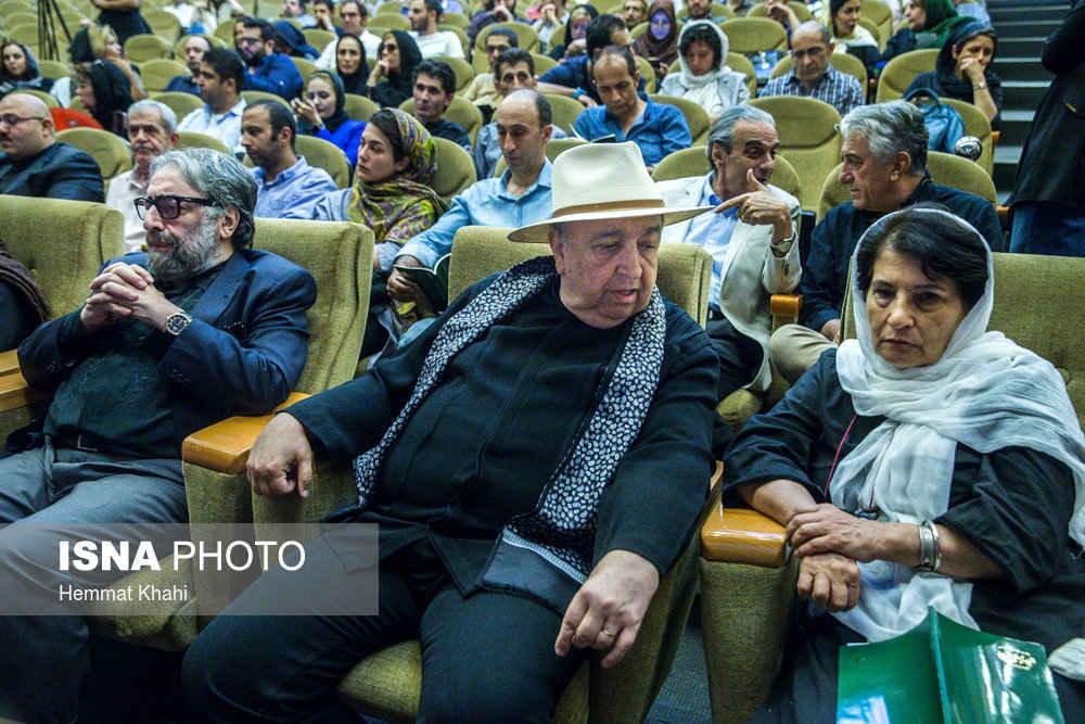 عکس های مراسم اولین سالگرد درگذشت عباس کیارستمی