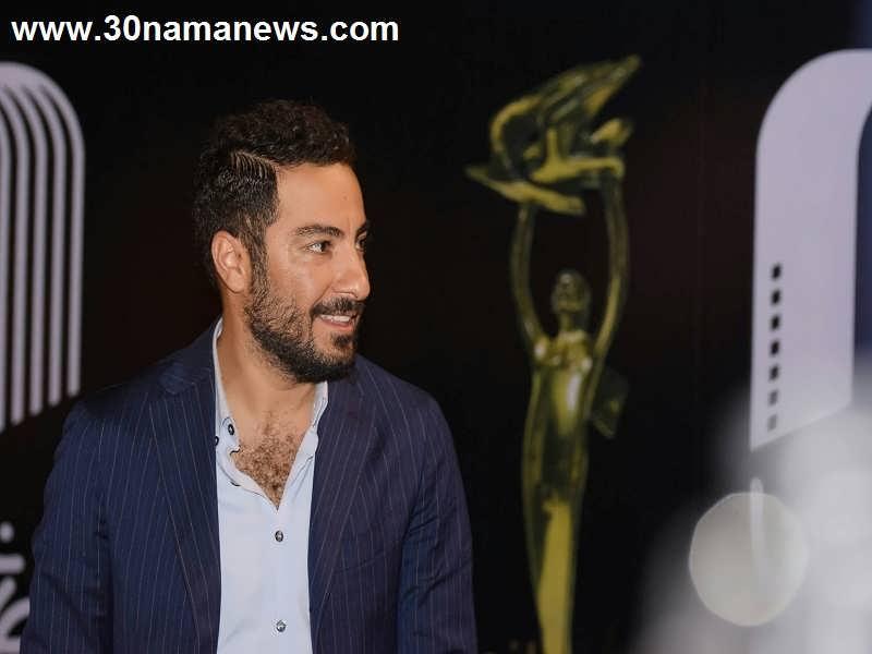 نوید محمدزاده بازیگر نمایش موزیکال اولیور توئیست شد