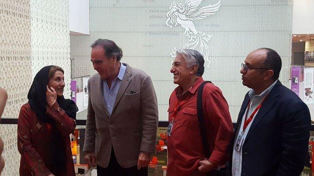 الیور استون وارد کاخ جشنواره جهانی فجر شد