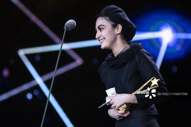 نگار مقدم برنده جایزه بازیگر زن جشنوارهی شانگهای شذ